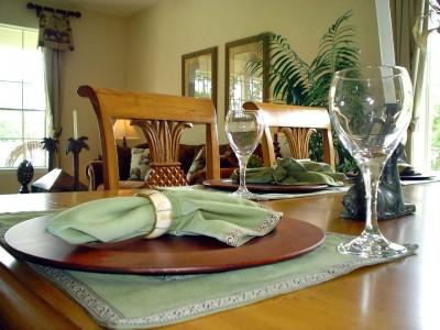 Rólunk mondták - terített asztal - Konyha-szerviz Stúdió Bt.
