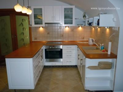 Fehér konyha - Konyha-szerviz Stúdió Bt.