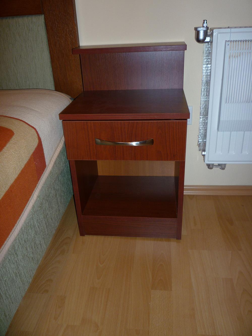 Kiegészítő bútor - Éjjeli szekrény