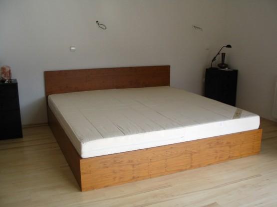 Hálószobabútor - franciaágy egyszerű hálószoba