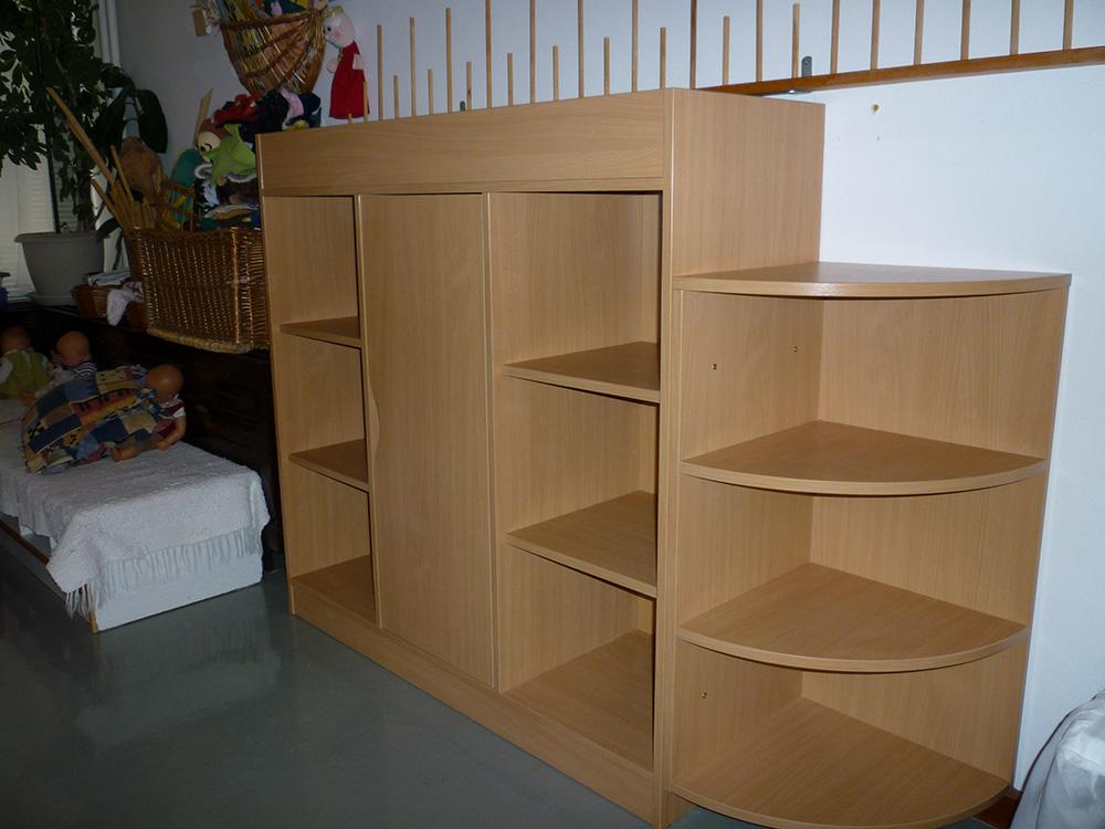 Kiegészítő bútor - óvodai-polcos szekrény