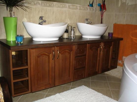 Fürdőszobabútor - dió dupla mosdós szekrény - kétszemélyes
