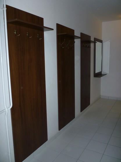 Irodai előszobabútor - előszobafal