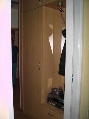 Előszobabútor - előszobafal, bükk előszobabútor