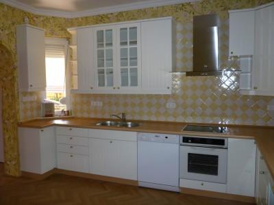 Fehér, bükk klasszikus konyha - Konyha-szerviz Stúdió Bt.