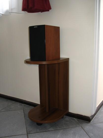 Kiegészítő bútor - hangfalállvány