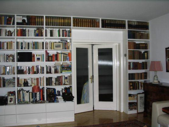nappali bútor könyvespolc