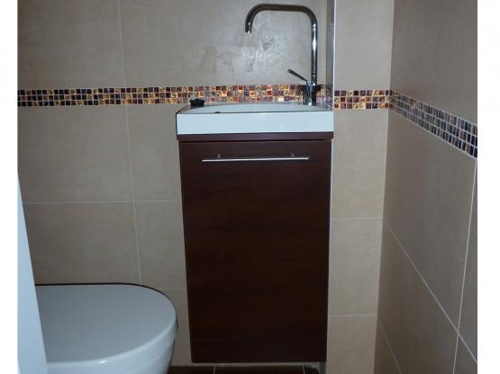 Fürdőszobabútor - fali alsó szekrény