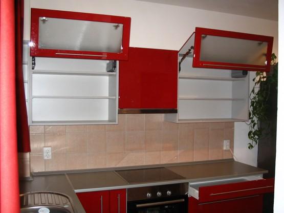 minimalista konyhabútor modern fényes bordó