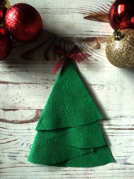 karácsonyi szalvétahajtogatás - karácsonyfa