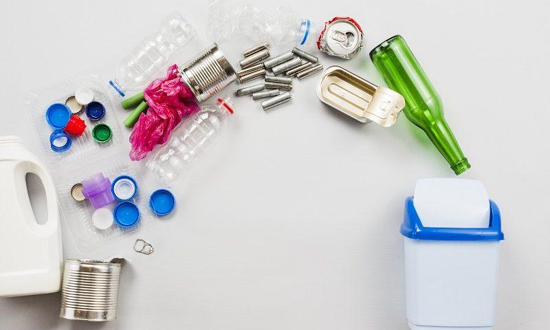 A legtöbb háztartásban a szemetes a mosogatószekrény belsejében, a mosogató alatt kerül elhelyezésre. Azonban sokan nem gondolnak arra, hogy nem minden szemetes fér el a szifon miatt.