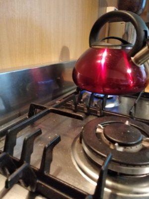 A hővédő lemez kifejezetten fontos, ha gázfőzőlapunk van-