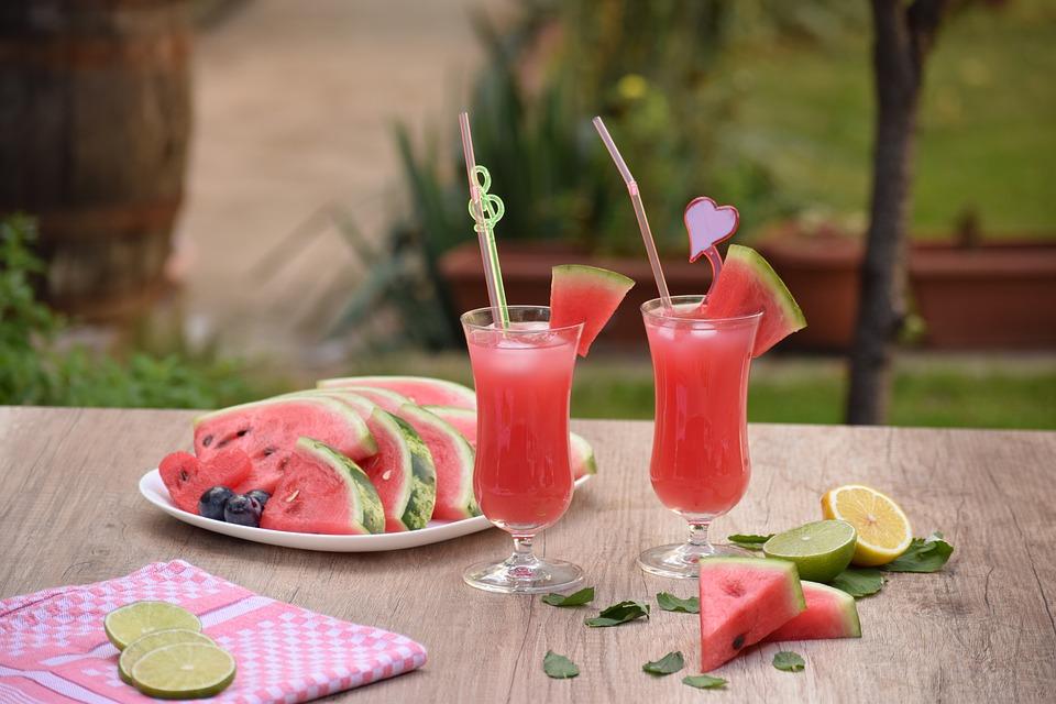 Sokan gondolják, hogy a görögdinnye nem tartozik a vitamindús nyári gyümölcsök közé. Ez azonban tévhit.
